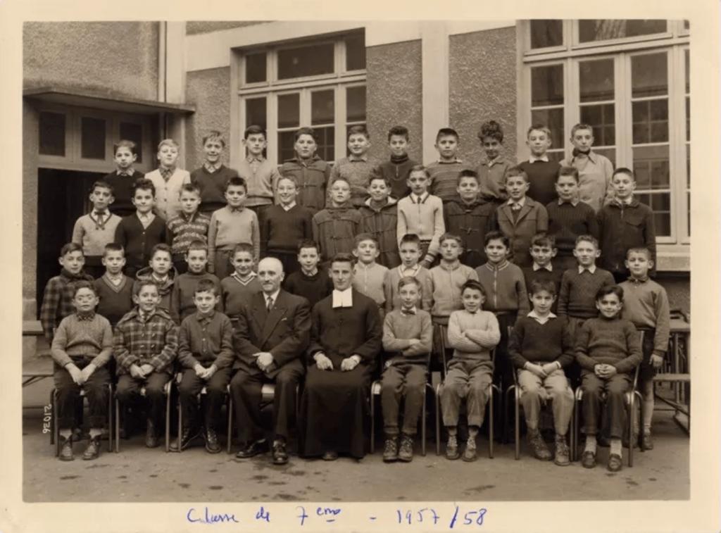 Photo de classe de 7ème en 1957